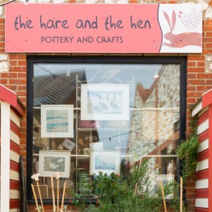 The-Hare-and-the-Hen-Pottery-and-Crafts